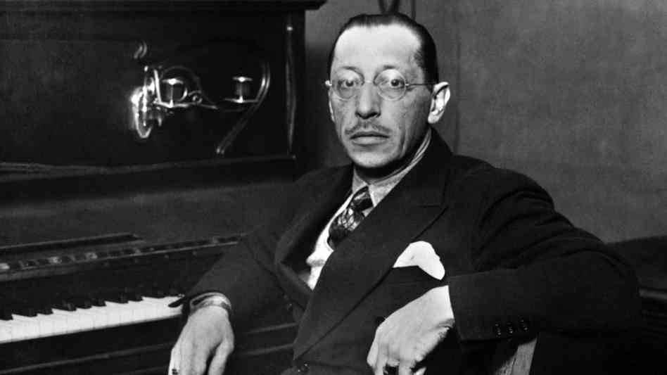 O compositor russo Igor Stravinsky: alvo de críticas ferozes de Adorno