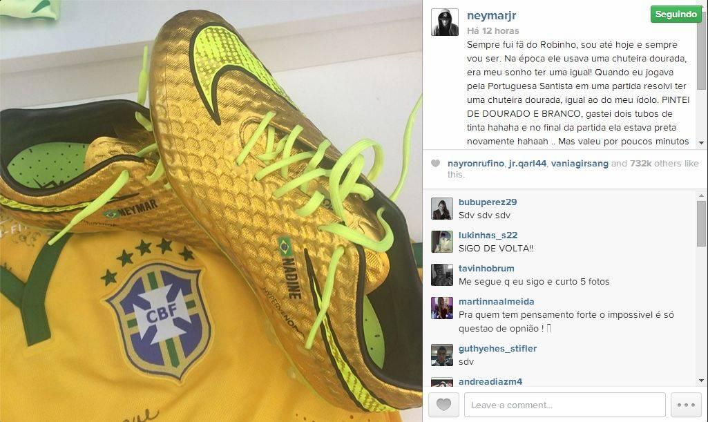 5d7092e438 Publicação no Instagram de Neymar mostra a chuteira dourada que usará no  sábado.