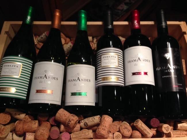 Vinhos apresentados no jantar estão disponíveis nas lojas Vino!