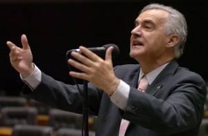 Alceni Guerra durante mandato como deputado federal, em 2007. (Luís Alves/ Câmara Federal)