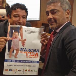Romário declara apoio à Marcha pela Vida