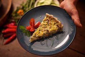 Quiche de tofu é uma das receitas ensinadas no workshop Massas Vegetarianas da Avocado Consultoria Vegetariana. Foto: Apneia Filmes/Divulgação