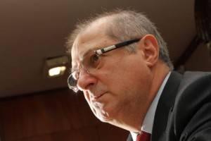 Entrevista com Paulo Bernardo: ex-ministro nega propina