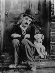 Charles Chaplin (imagem fornecida pelo Google imagens sem restrição de uso)