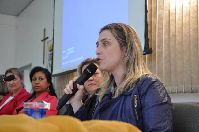 Ariane Leitão. Reprodução/Facebook.