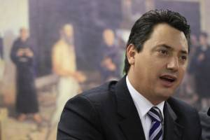 Sergio Souza, um dos últimos indecisos do Paraná, votará pelo impeachment