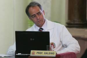 Câmara suspende mandato de Galdino, acusado de agredir colega