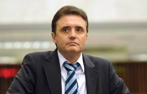 DEM tenta conquistar mais espaço no primeiro escalão de Greca na prefeitura