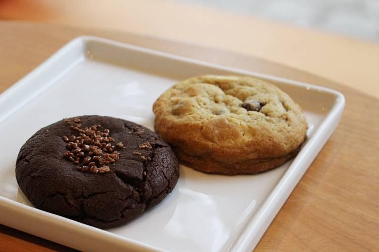 Cookie Stories por Lorenzo Bernardi Cookies de brigadeiro e clássico