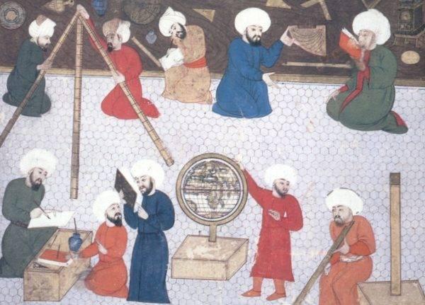 O observatório de Taqi al Din, em Istambul: astrônomos islâmicos estavam convictos sobre a esfericidade da Terra. (Imagem: Reprodução)