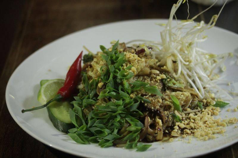 Pad thai vegano do Lagundri. Foto: Apneia Filmes/Divulgação