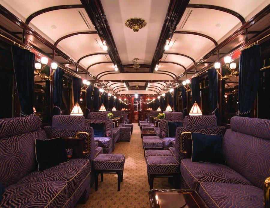O trem de luxo ainda possui vagões com Lounge, Spa, restaurante, loja de souvenirs, área aberta á observação e até uma biblioteca. (crédito: divulgação/Belmond).