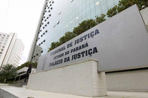Para concorrer ao cargo de juiz é necessário ser bacharel em Direito com 3 anos de prática jurídica. (Foto: Antônio More/Gazeta do Povo)