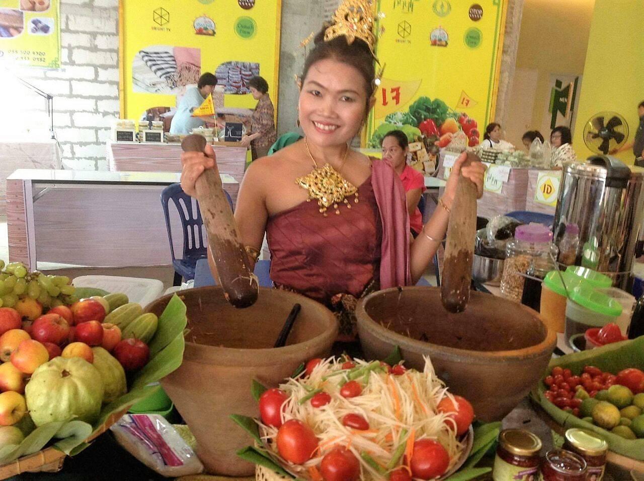 A chef tailandesa Sommay Jaijong, que vem a Curitiba para ministrar aulas e realizar jantares vegetarianos no Tuk Tuk. Foto: Divulgação