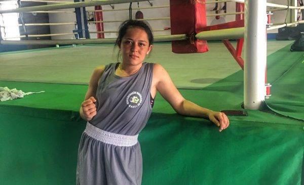 Desconhecida no boxe, curitibana surpreende e ganha chance na seleção