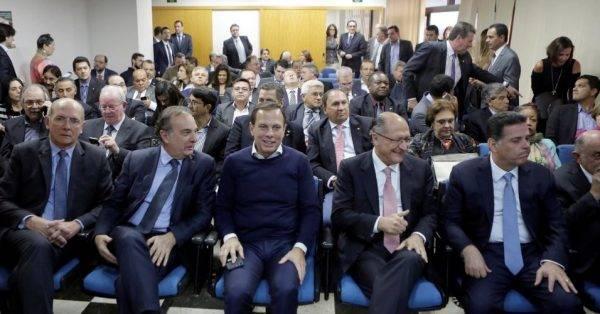 Manifesto Tucanista: anacronismo que Piketty e Dilma aplaudiriam de pé