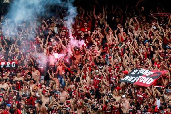 O Atlético é vítima do TJD-PR. É inútil punir com perda de mando de campo. Marcelo Andrade/Gazeta do Povo