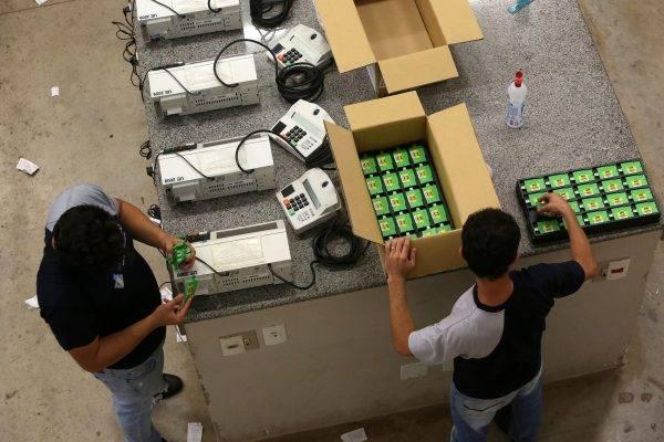 Urnas eletrônicas no TRE-MT, em Cuiabá. (Foto: Roberto Jayme/Ascom/TSE)