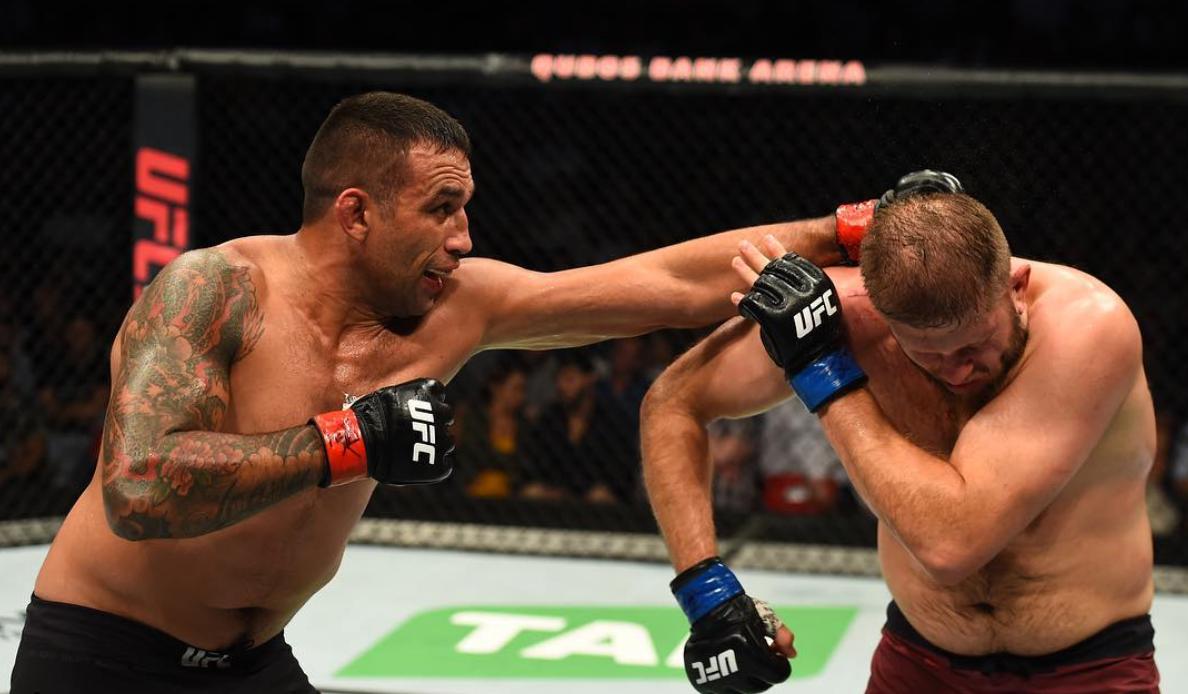 Fabrício Werdum ataca Marcin Tybura no UFC Sydney