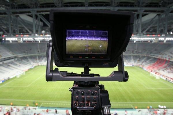Por que o Atletiba da final não vai passar na TV nem na internet
