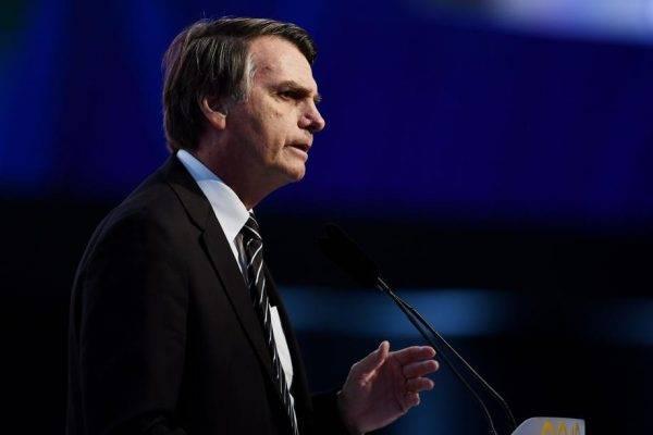 Bolsonaro grava apoio a Ratinho Jr. e manda PSL abortar candidatura no Paraná