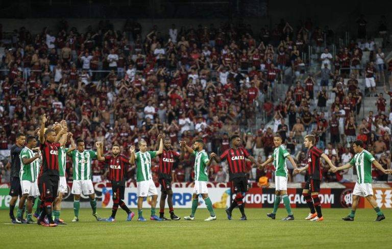 Dupla Atletiba se uniu contra a Federação Paranaense. (Foto: Jonathan Campos/Gazeta do Povo)