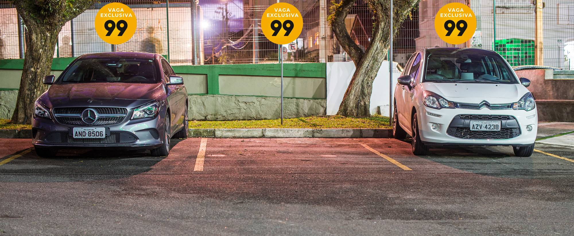 Vagas exclusivas do aplicativo no Couto Pereira. Bolsão de estacionamento.