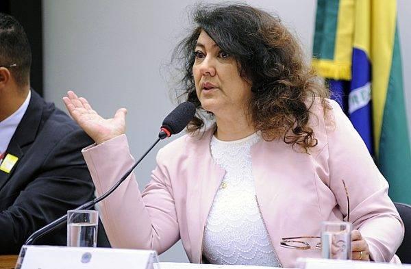 Deputada federal Christiane Yared (PR-PR). Foto: Lúcio Bernardo Jr/Arquivo Câmara dos Deputados