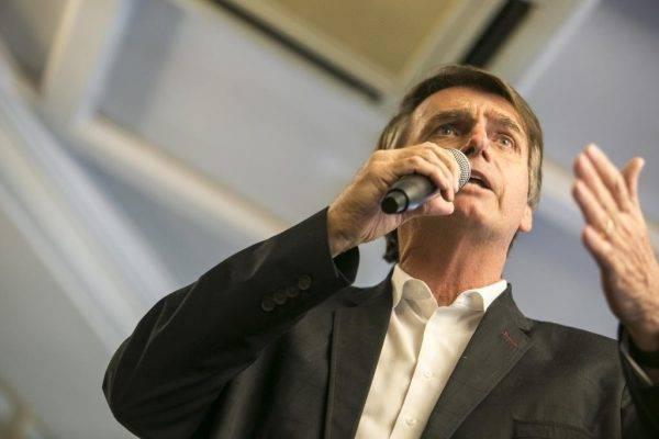 Gastos de Jair Bolsonaro em eleição são estranhamente baixos