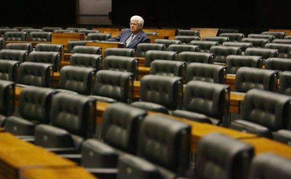 Deputado federal Nelson Meurer (PP-PR) encerra o atual mandato em janeiro de 2019, após 24 anos em Brasília. Foto: Arquivo Câmara dos Deputados