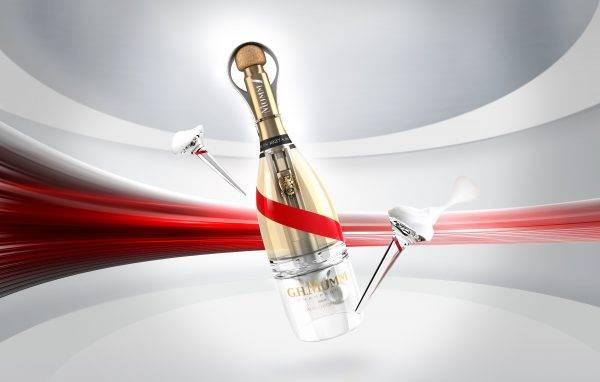 Mumm anuncia o primeiro champagne para brindar em gravidade zero