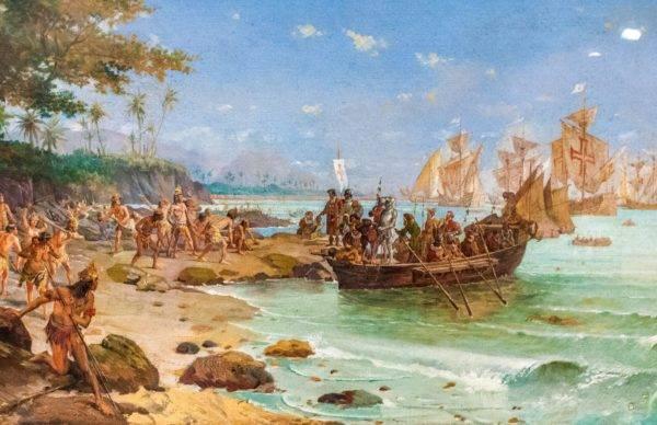 """""""Desembarque de Pedro Álvares Cabral em Porto Seguro em 1500"""", Oscar Pereira da Silva (1865–1939). Reprodução."""