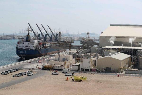 Cidade Industrial Ras Laffan, principal local do Qatar para produção de gás natural liquefeito, administrada pela Qatar Petroleum, a cerca de 80 quilômetros ao norte da capital Doha Foto: Karim Jaafar/ AFP