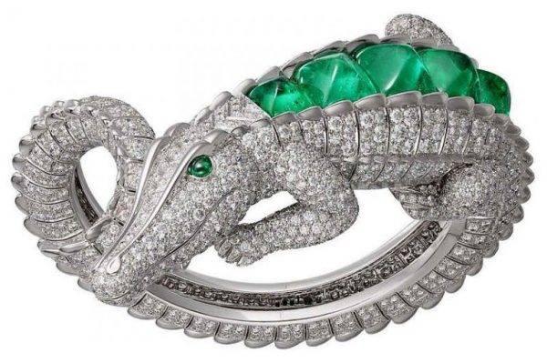 Cartier anuncia quatro jóias de crocodilo com raras esmeraldas colombianas