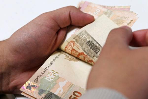É preciso traçar planos e cuidar do seu dinheiro segundo cada objetivo traçado. (Foto: Antônio More/Arquivo/Gazeta do Povo).