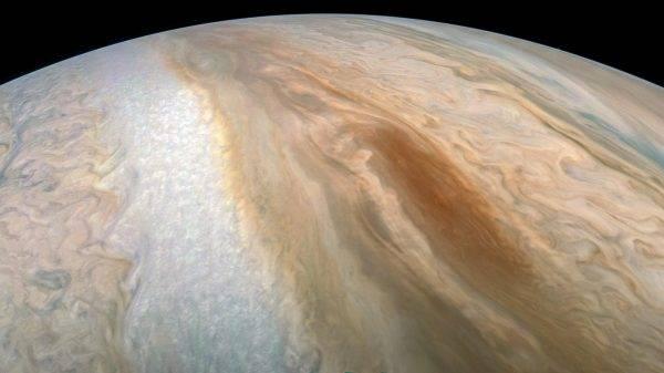 Não é bem a estrela de Belém que você estava esperando, certo? (Foto: NASA/JPL-Caltech/SwRI/MSSS/Kevin M. Gill)