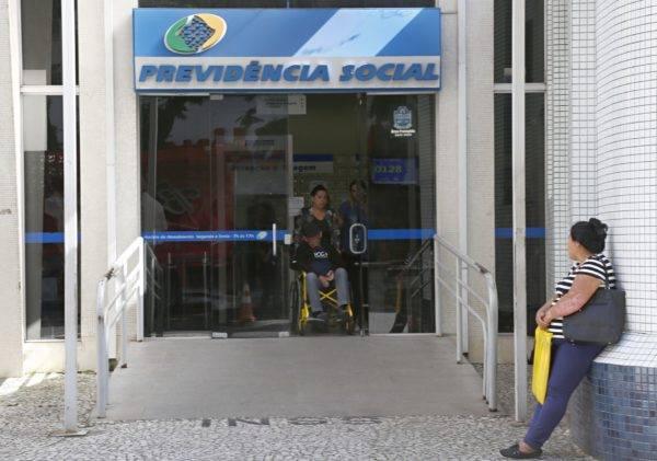 Agência do INSS: estudo estima que 20% da desigualdade brasileira é explicada pelas transferências do sistema previdenciário. Foto: Aniele Nascimento/Gazeta do Povo.