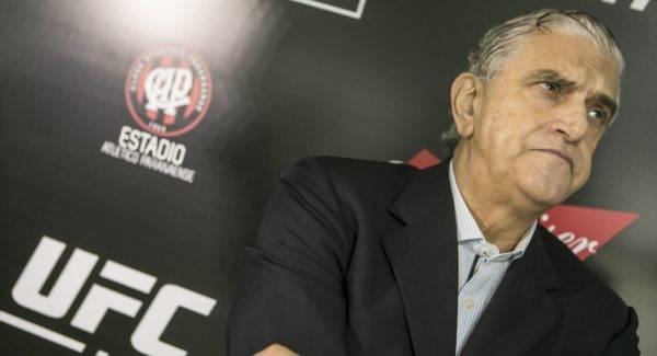 Mario Celso Petraglia durante evento do UFC Curitiba, em 2016.