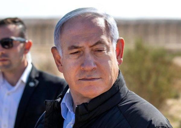 O primeiro-ministro de Israel, Benjamin Netanyahu, visita a fronteira com o Egito, 7 de março de 2019. Foto: Jim Hollander / Pool / AFP