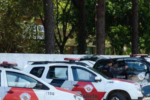 Tiroteio na Escola Estadual Professor Raul Brasil, em Suzano, a 57 quilômetros de São Paulo, deixou mortos e feridos. Foto: Rovena Rosa/Agência Brasil