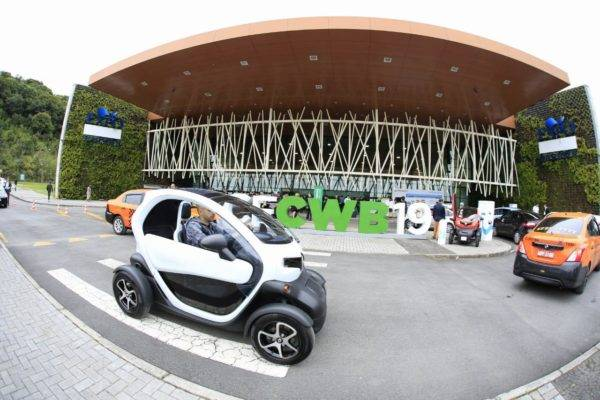 Smart City Expo Curitiba 2019 compartilhou exemplos de como os carros elétricos já estão sendo usados pelo Brasil. Foto: Michel Willian/Gazeta do Povo