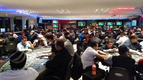 Espaço Poker. Foto: Divulgação/Facebook