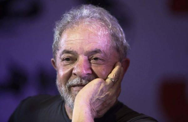 Gastos com assessores do ex-presidente Lula custaram R$ 665 mil em 2018, segundo o governo. Foto: Miguel Schincariol/AFP