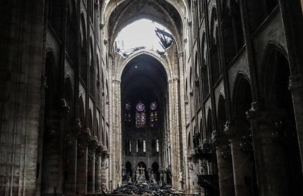 Ruínas da catedral Notre-Dame de Paris após incêndio. Ludovic Marin/AFP