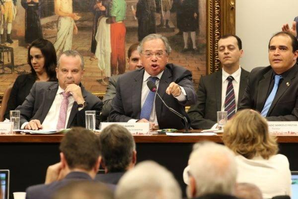 O ministro da Economia, Paulo Guedes, durante a sessão sobre reforma da Previdência na CCJ. Foto: Rodrigues Pozzebom/Agência Brasil