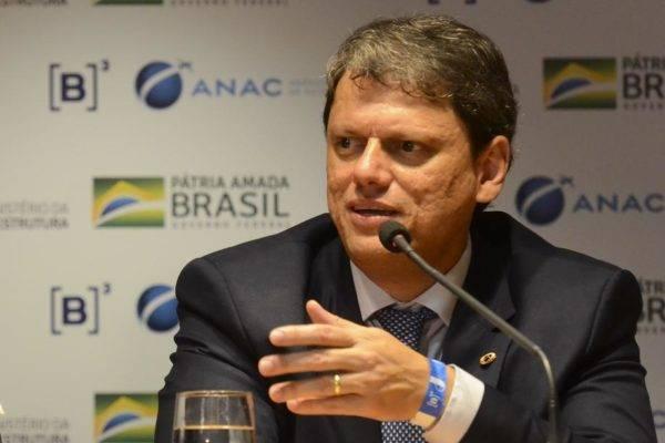 O ministro da Infraestrutura, Tarcísio Gomes de Freitas, é formado em Engenharia Civil no Instituto Militar de Engenharia, o IME, um dos raros órgãos do Estado brasileiro com reputação de excelência. Foto: Rovena Rosa/Agência Brasil