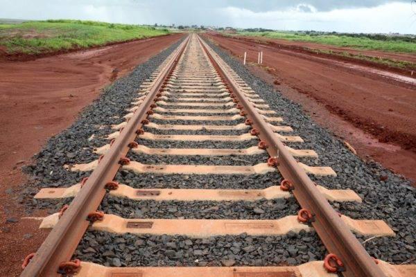 Obras de implantação do Polo de Cargas do Sudoeste de Goiás da Ferrovia Norte-Sul, trecho Rio Verde-Santa Helena de Goiás (Beth Santos/Secretaria-Geral da PR)