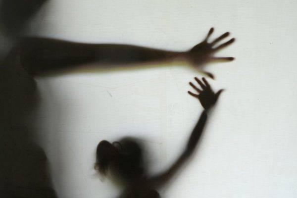 Denúncias efetivas e impunidade são desafios no combate ao abuso e exploração sexual infantil no Brasil