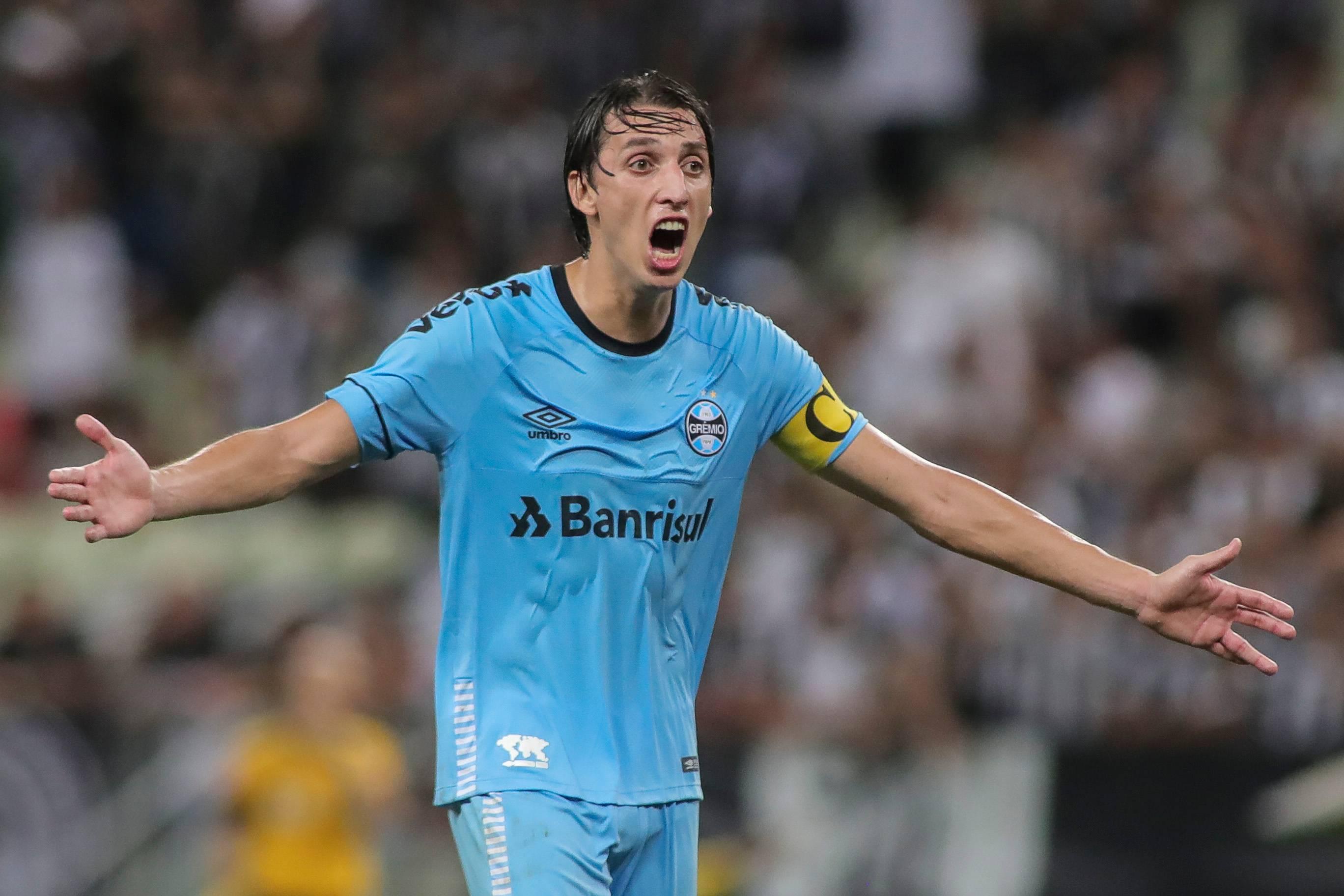 Pedro Geromel, do Grêmio, em partida contra o Ceará. Foto: Jarbas Oliveira/Estadão Conteúdo