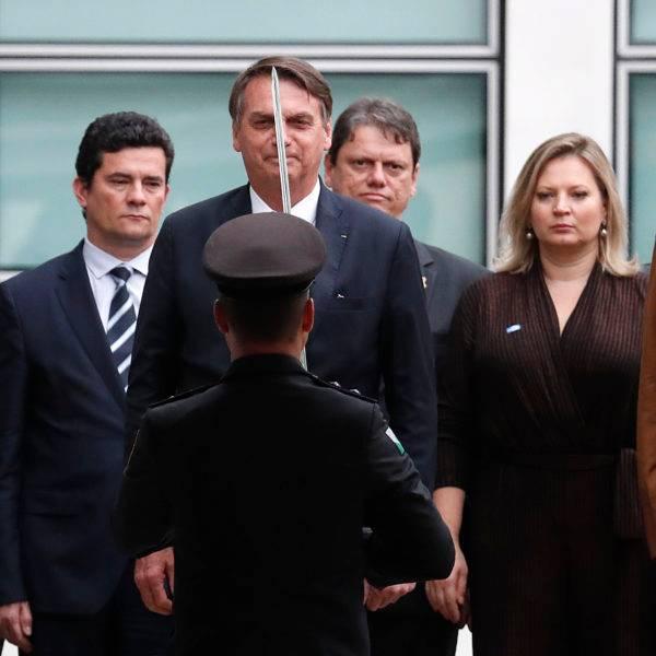 Renúncia ou impeachment? Bolsonaro corre riscos se a reforma da Previdência não passar. Foto: Jonathan Campos / Gazeta do Povo